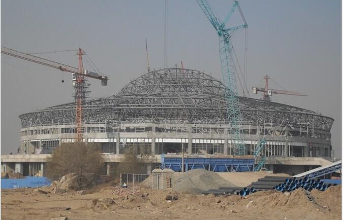 体育场馆,桥梁,商场,汽车展厅,大型会所,以及高层建筑的弧形晾台等
